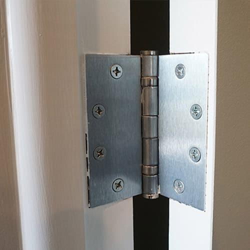commercial-grade hinge