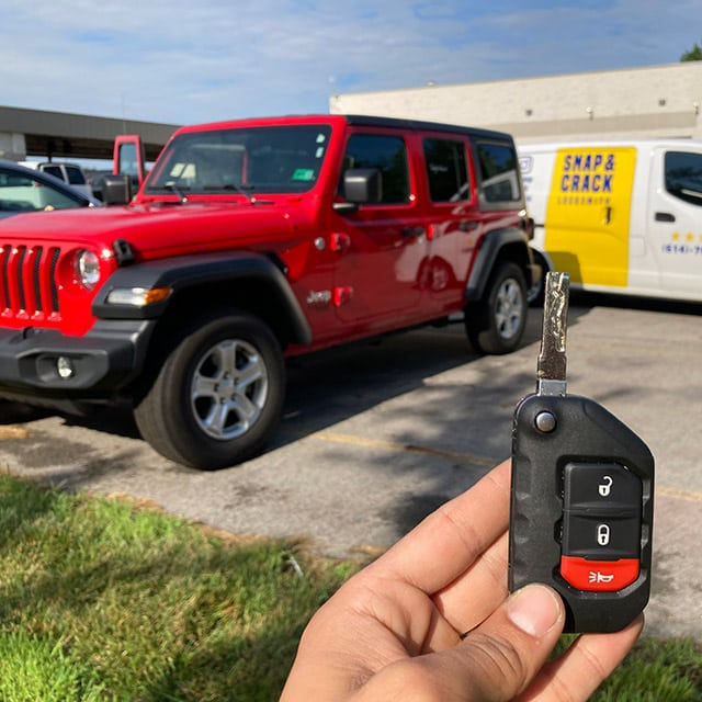Cut and programmed a new flip key for a Jeep driver who lost theirs while out running errands.